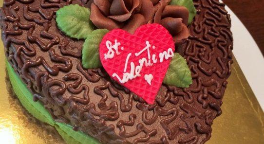 2月13日(月)バレンタインケーキ講習♪
