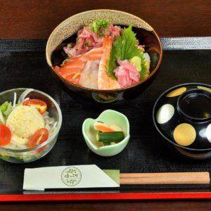 ネギトロ海鮮丼 580B