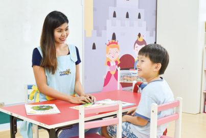 海外在住の今こそ、子どもに英語の早期教育を!