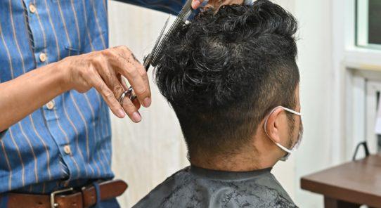 髪や頭皮の悩みが気軽に相談できる! <br>毛髪診断士の資格を持つ スタイリストのいる美容院