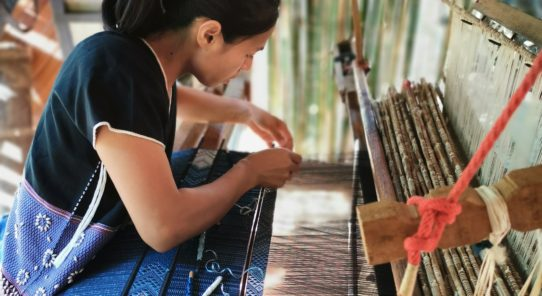 講演会開催「カレン族と手織布ーSop Moei Artsの活動を通して」
